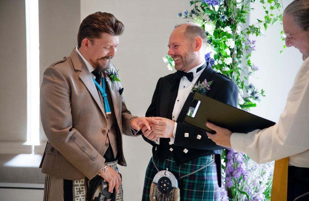 Gratuit Edinburgh Gay Dating